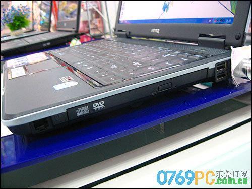 明基 Joybook S32EB LC09
