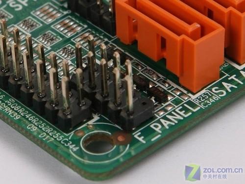 主板上前置面板的接线部(f_panel)图片