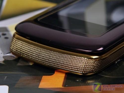 经典设计内外大屏时尚机摩西X580评测