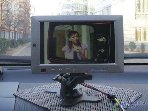 7吋车载影音终端 西派AD007广告机评测