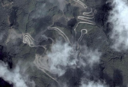 中国最牛盘山公路-中关村在线