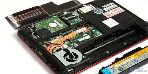 联想y450拆机教程_联想笔记本电脑y450拆机教程-联想lenovo y450 怎么拆键盘冒??