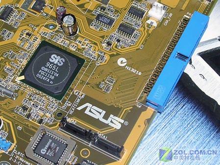 华硕A8S-X主板硬盘接口