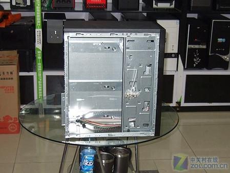 硬盘竖着装 前卫面板短身机箱仅129元