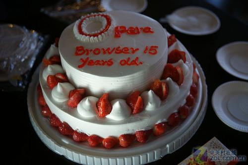 世界首创多标签浏览!Opera15周年诞辰
