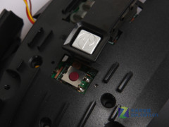 蓝影究竟为何物? 微软X8拆解全过程