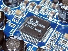 速龙5000绝配 5款超值破解4核主板推荐