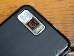 500万像素智能机 8GB三星i900逼近两千