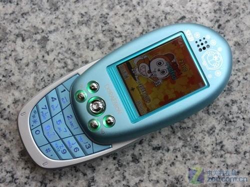 80后的美好回忆 多啦A梦手机仅售550元