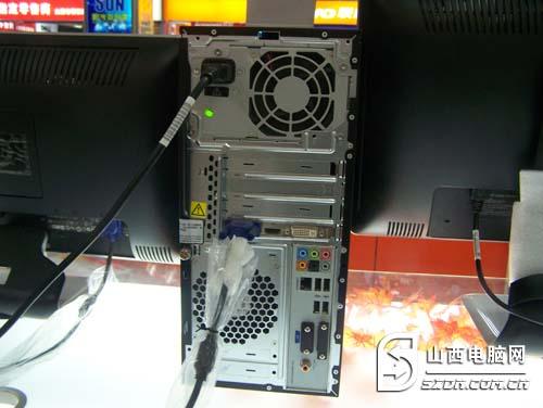 惠普电脑读卡器驱动_超强高端性能 惠普畅游人家用电脑售      接口方面,拥有15合1读卡器