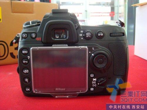 图为:尼康数码单反相机D300S-价格的确很诱惑 尼康D300S单机不足