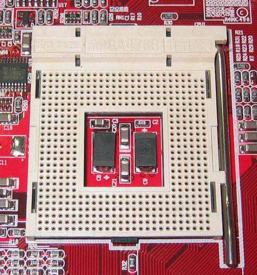 技术发展晴雨表 细数CPU接口10年变迁