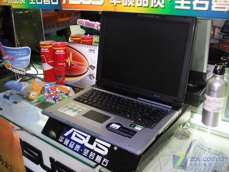 华硕A65S30Km笔记本电脑