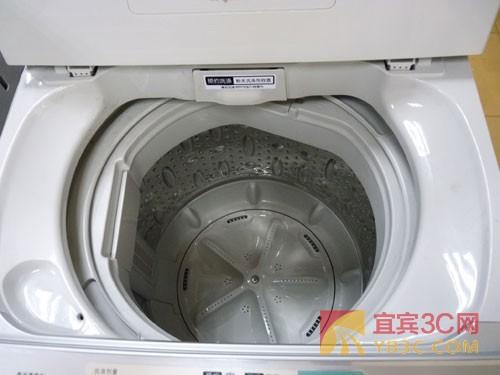 """三洋""""智慧洗""""xqb70-688洗衣机采用不锈钢内桶"""