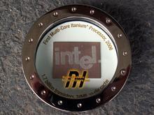 24MB缓存/17亿晶体管 Intel怪兽CPU赏