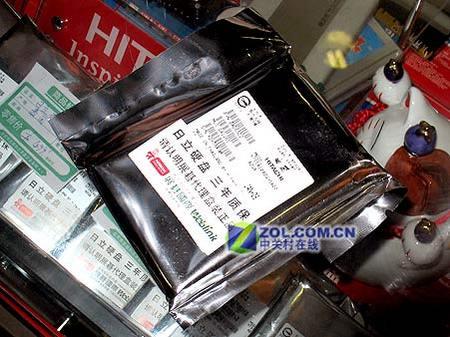 首款日立40GB SATA笔记本硬盘565元