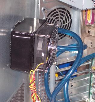 独特机箱外挂 东远液冷散热器试用手记