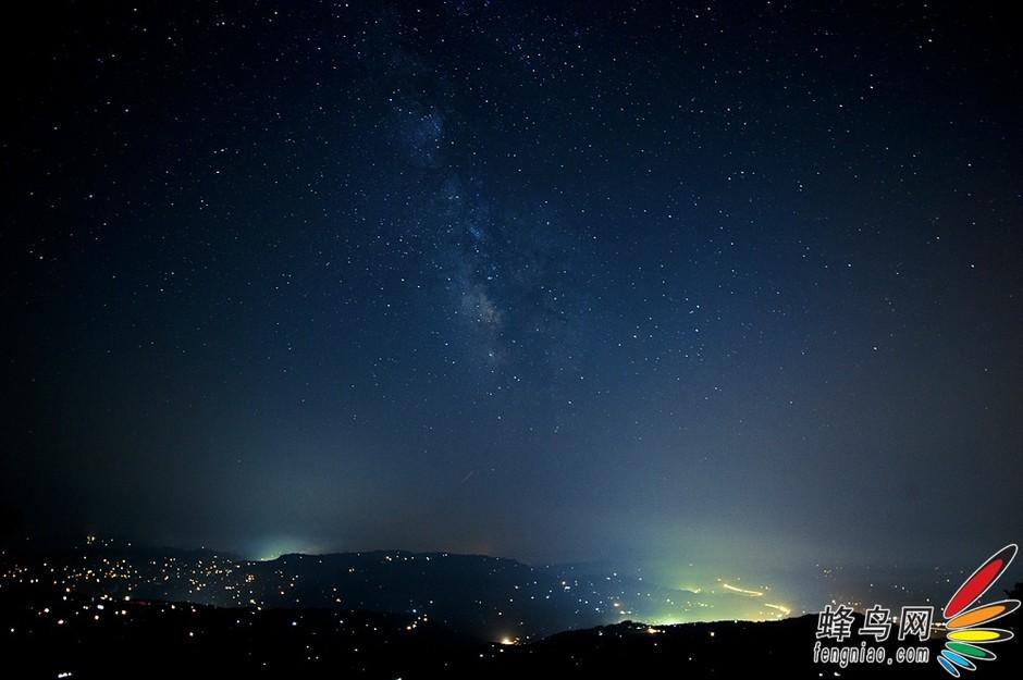 漫山的灯火和漫天的银河 仲夏夜之梦幻星空系列之star tr 高清图片