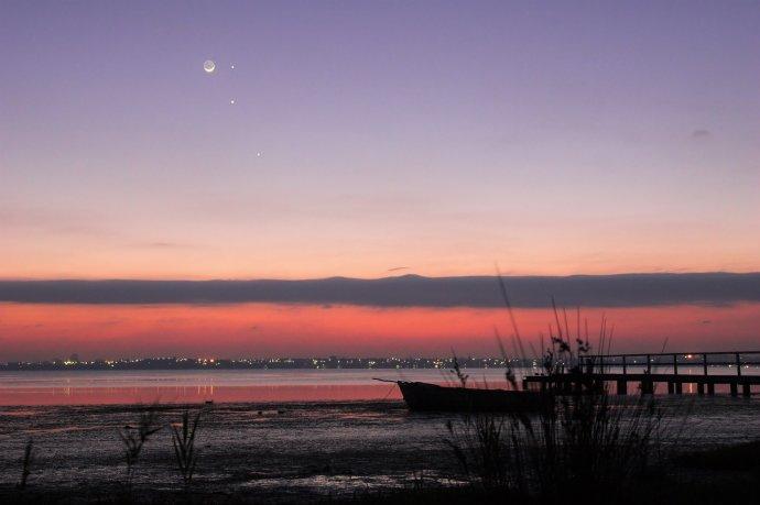 今晨月 - 霁日风光 - wxm46720 的博客