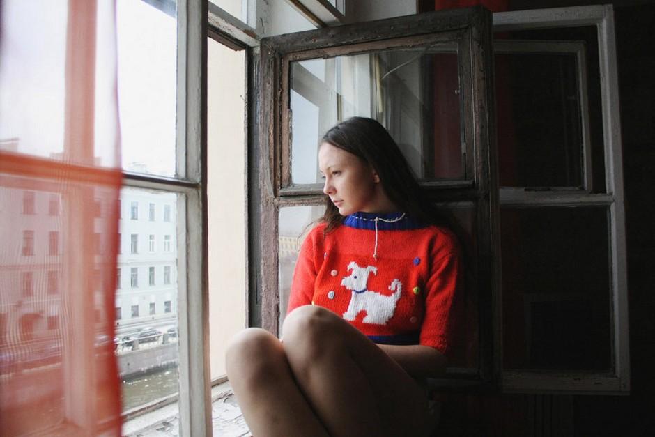 幼女帮我打手_真实记录俄罗斯少女居家生活 组图