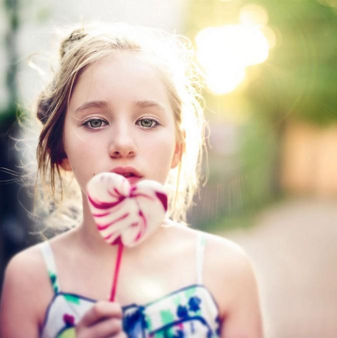 """摄影作品""""纯真可爱的儿童时光"""""""