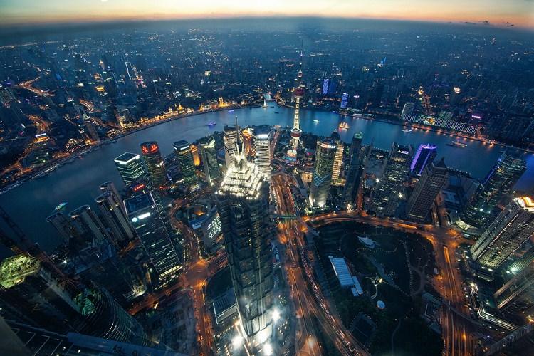 星辰般璀璨的城市 492米高空俯拍上海 组图