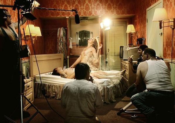 成人网站成人电影_美一女教师拍成人电影被学生浏览色情网站时