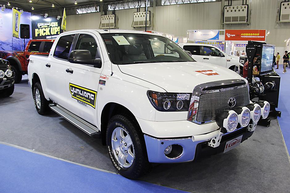 2012成都车展:丰田重型皮卡——