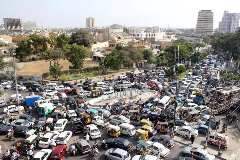 巴基斯坦卡拉奇,交通拥堵严重